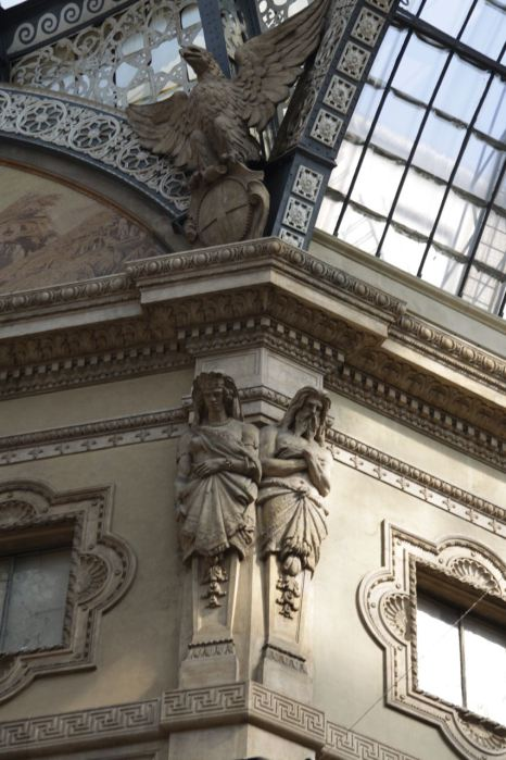 Galleria Vittorio Emanuele II Icinden Detaylar