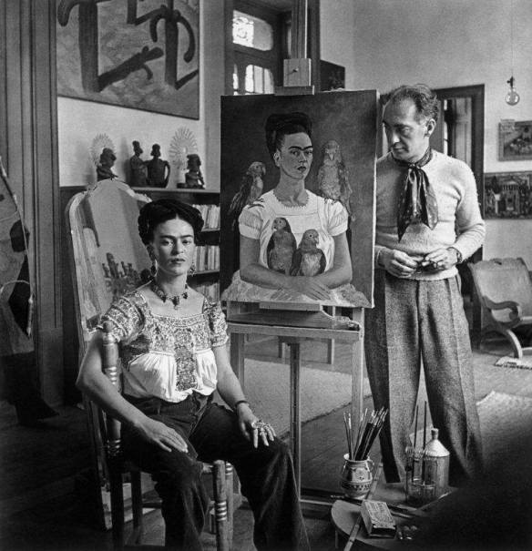 Nickolas_Muray_Frida_with_Nick_in_her_studio_1264_362